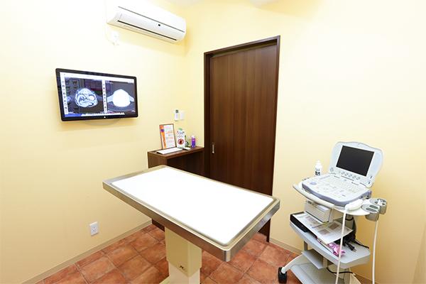 診察室2室